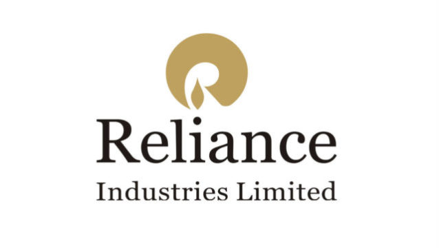 Reliance shares hit a fresh record high of Rs 1,653.75 on the NSE