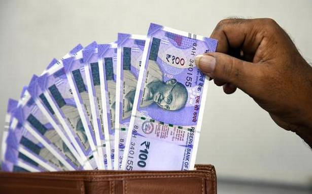 Rupee Rises 6 Paise to 72.90 Per US Dollar in Early Trade