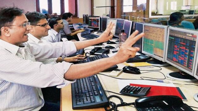 Sensex Hits 51000 Mark for first time, Nifty crosses 15K Ahead of RBI policy