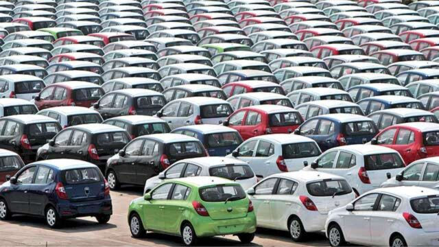 Passenger vehicle sales in India decline by over 2% in 2020-21