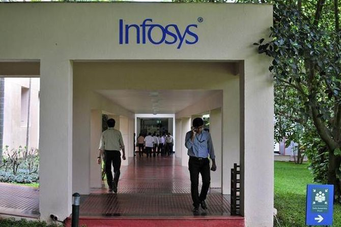 FinMin officials to take up glitches in new I-T portal in meeting with Infosys